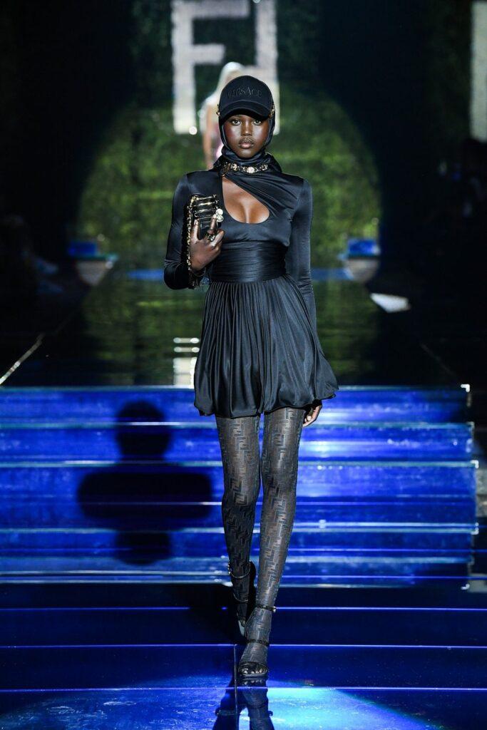 Look 22 / Fendi by Versace